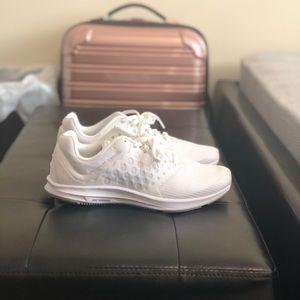 Nike Women's Downshifter 7 Running Shoes size 6